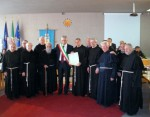 Foto ricordo Sindaco Dott. Maurizio LUCCI Frati intervenuti da Padova -treviso-Mestre-Rimini